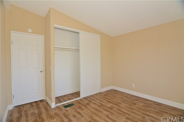 7344 Saratoga Road, Phelan CA: http://media.crmls.org/medias/8f81ef16-8c34-45a3-a336-404855d64dcf.jpg