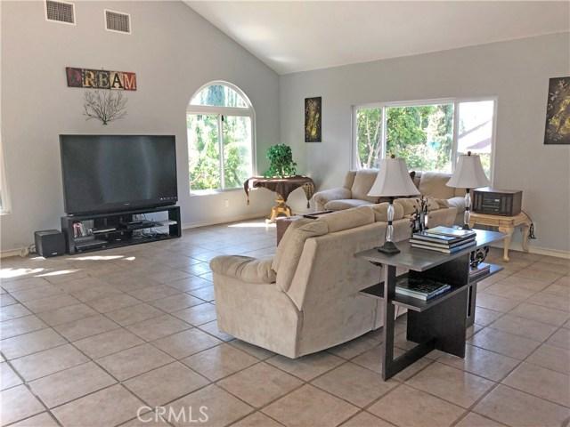 2468 Highland Road, Upland CA: http://media.crmls.org/medias/8f8c10e2-742a-4be1-9efb-4a0118797fb0.jpg