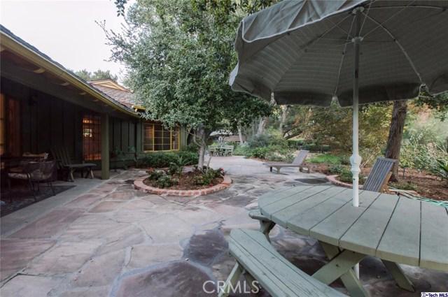 4228 Chula Senda Lane, La Canada Flintridge CA: http://media.crmls.org/medias/8fafc4af-af63-4030-a075-3933515baf8b.jpg