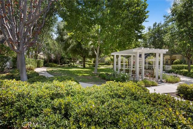 15 Attleboro Street, Ladera Ranch CA: http://media.crmls.org/medias/8fb28a1c-d80e-45d4-9fbc-e52af58fa41b.jpg