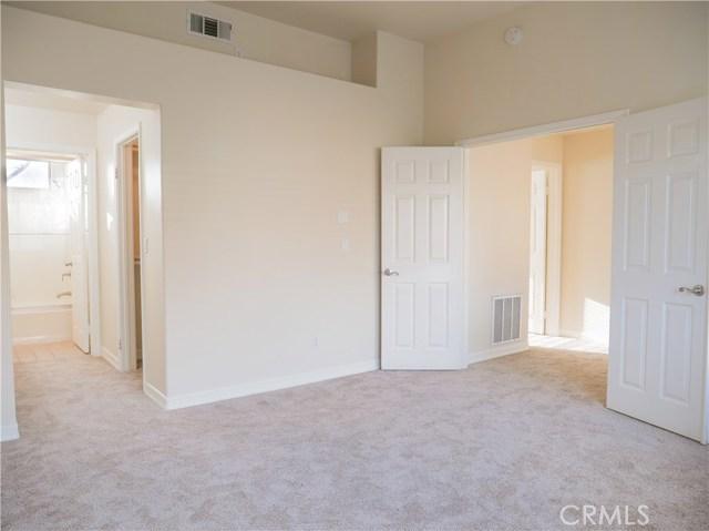 325 W Summerfield Cr, Anaheim, CA 92802 Photo 8