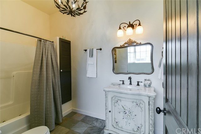 2201 E Louie Road, Gazelle CA: http://media.crmls.org/medias/8fb353a9-1029-4db4-8ec4-4b0c48e96453.jpg