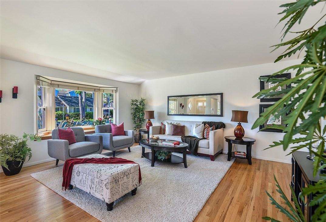 14013 La Maida Street, Sherman Oaks, CA 91423