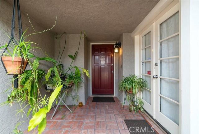 240 N Larch St, Anaheim, CA 92805 Photo 3