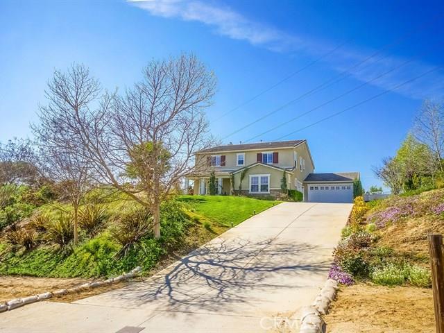 10561 N Horse Creek Avenue, Shadow Hills, CA 91040