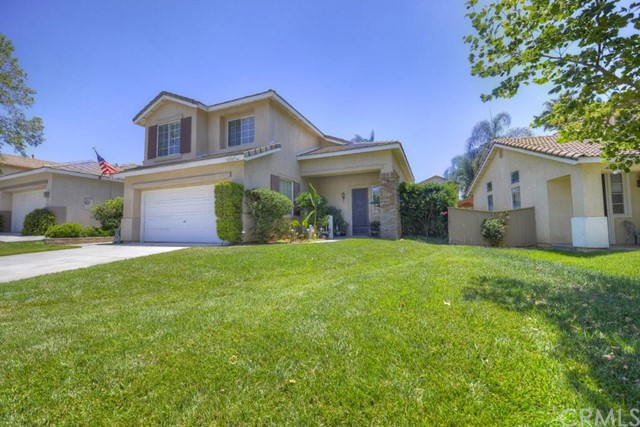 Single Family Home for Sale, ListingId:33687019, location: 32005 Calle Ballentine Temecula 92592