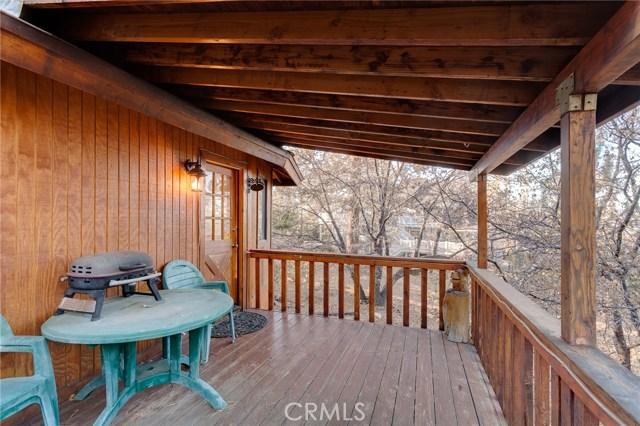 1345 La Crescenta Drive Big Bear, CA 92314 - MLS #: PW17272484