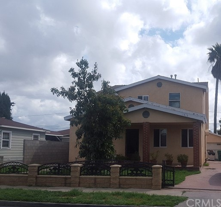 Single Family Home for Sale at 1813 Van Ness Avenue S Santa Ana, California 92707 United States