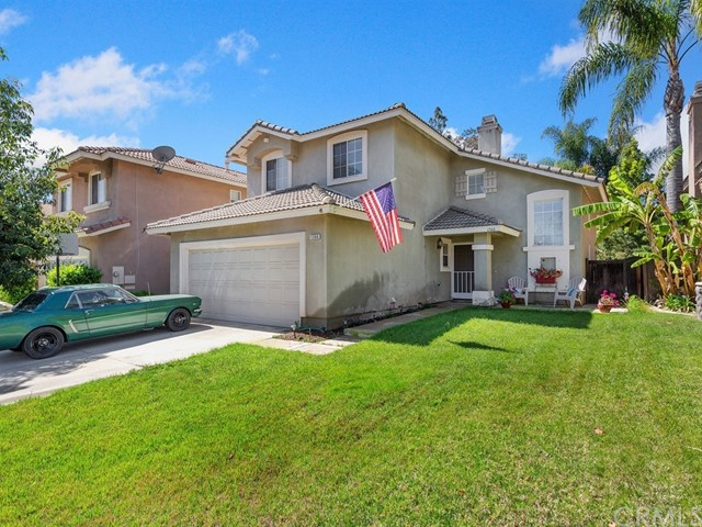 1366 Haven Tree Lane, Corona CA: http://media.crmls.org/medias/8fe17343-9671-4a89-9c73-b8af104bfcbc.jpg