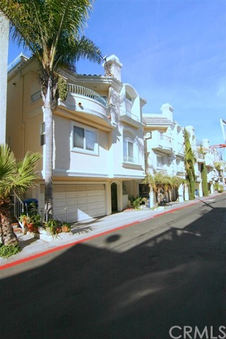 134 Manhattan Hermosa Beach CA 90254