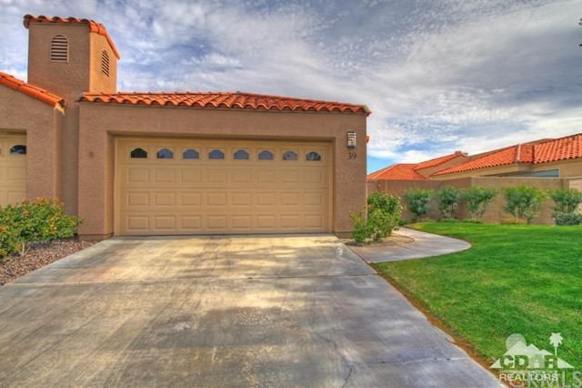 39 Colonial Drive, Rancho Mirage CA: http://media.crmls.org/medias/8feda0b8-8227-4137-8f50-ee5c05089337.jpg