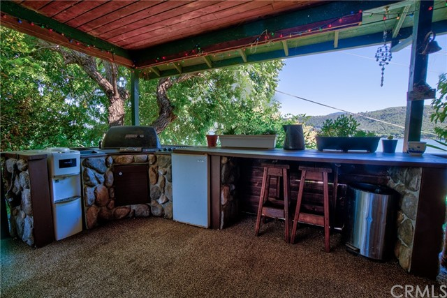 9320 Bass Road, Kelseyville CA: http://media.crmls.org/medias/8ff552c2-e291-4aa2-97bc-384241fed6c4.jpg