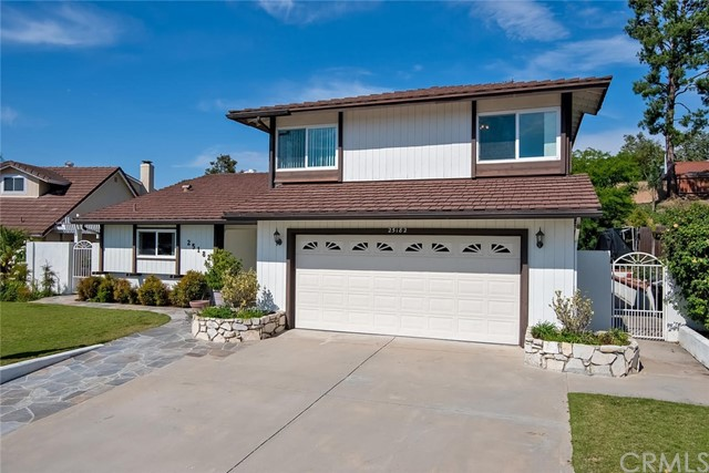 25182 Champlain Road, Laguna Hills, CA 92653