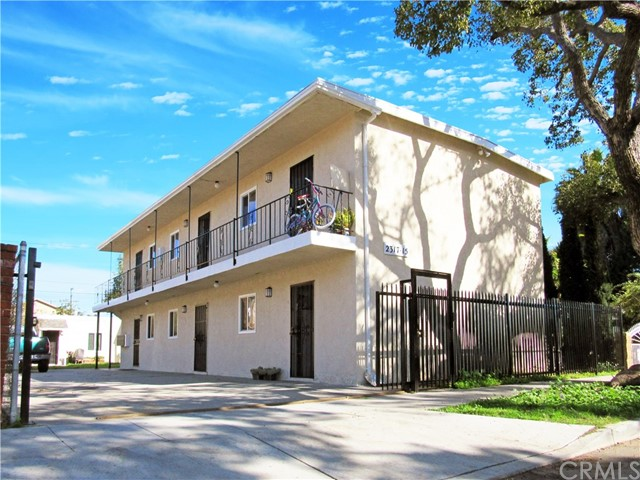 Single Family for Sale at 2315 Spaulding Street E Long Beach, California 90804 United States