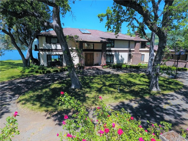 Single Family Home for Sale at 8266 Peninsula Drive Kelseyville, California 95451 United States