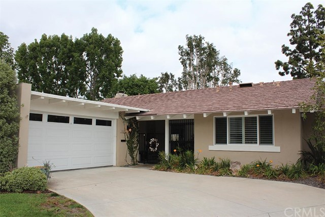 Single Family Home for Sale at 553 Vista Grande St Newport Beach, California 92660 United States