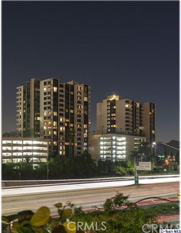 Condominium for Rent at 343 Pioneer Drive Glendale, California 91203 United States