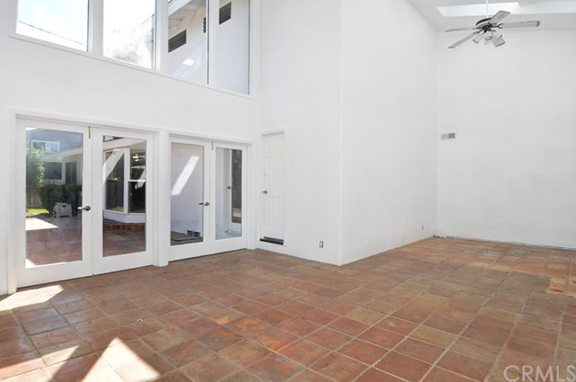620 Michael Place, Newport Beach CA: http://media.crmls.org/medias/902a52df-22aa-4b9a-8f35-76c9401afe68.jpg
