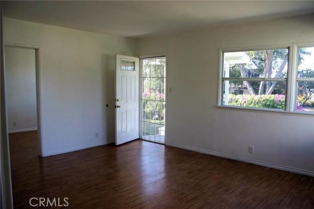 15808 Victoria Avenue, La Puente CA: http://media.crmls.org/medias/9033d903-1d80-449f-9089-71d850d3b7b3.jpg