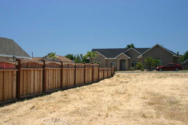 1200 Oak Park Way, Lakeport CA: http://media.crmls.org/medias/903ab3ee-4bbe-4fc8-9831-5edd359438a8.jpg