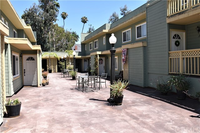 809 N Spurgeon Street, Santa Ana CA: http://media.crmls.org/medias/903b1125-9816-4425-9a52-3e132a458a49.jpg