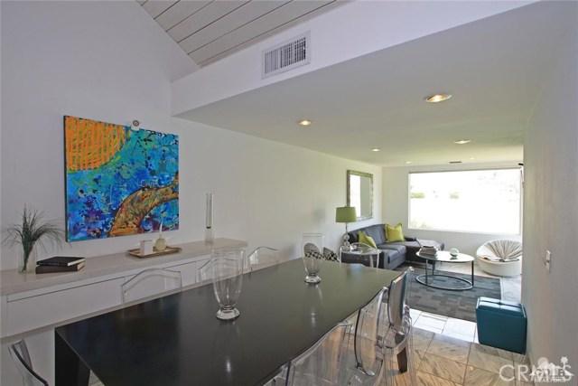 34868 Mission Hills Drive, Rancho Mirage CA: http://media.crmls.org/medias/9044d537-8228-4035-a655-eabcb21c5061.jpg