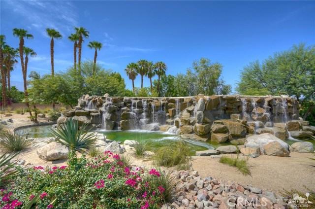 31 Victoria Falls Drive, Rancho Mirage CA: http://media.crmls.org/medias/9045db64-4661-41ae-974e-8b8dd2d1b5f9.jpg