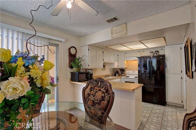 136 N Grant Place, Orange CA: http://media.crmls.org/medias/904702eb-61cb-4fe9-8d78-1704eeba90bb.jpg