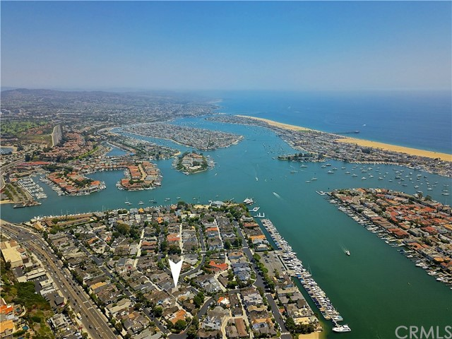 2515 Vista Drive, Newport Beach CA: http://media.crmls.org/medias/9048e5bb-2eb6-43c6-8946-da729bd088c8.jpg