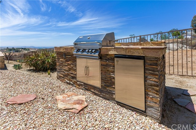 90639d0e-28f5-4c69-9fbb-6bdf77d22754 7007 Golden Vale Drive, Riverside, CA 92506 <span style='background-color:transparent;padding:0px;'><small><i> </i></small></span>