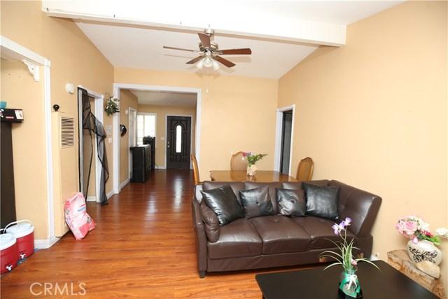 1423 Richland Avenue, Santa Ana CA: http://media.crmls.org/medias/90646ef6-1839-4531-b18d-68668795ba1b.jpg