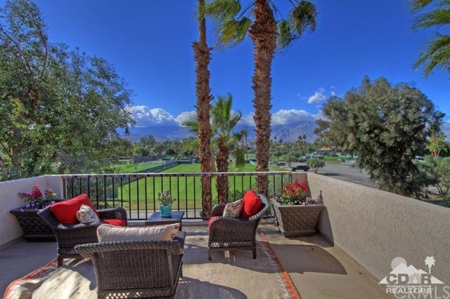 378 Wimbledon Drive Rancho Mirage, CA 92270 is listed for sale as MLS Listing 215034112DA