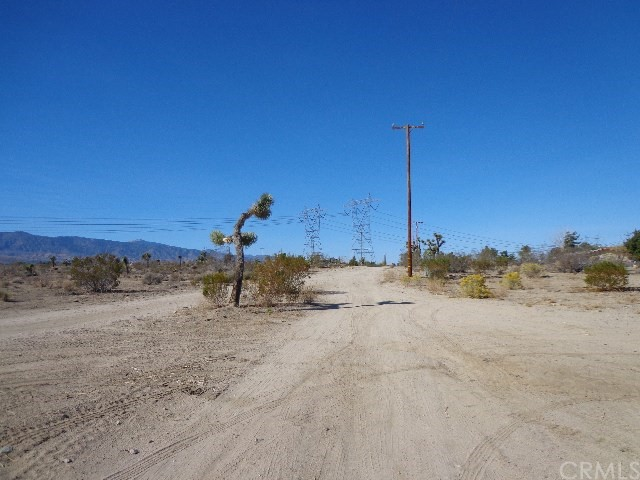 4624 Del Rosa Road Phelan, CA 92371 - MLS #: PW18266905