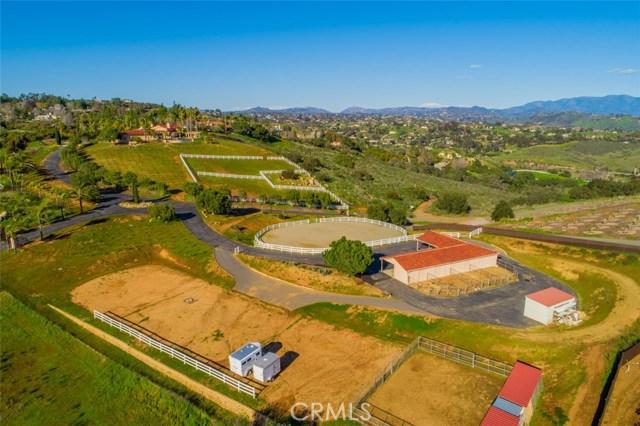 5104 Olive Hill Trail, Bonsall CA: http://media.crmls.org/medias/90783975-6db3-44a0-806c-6a2576badb2a.jpg