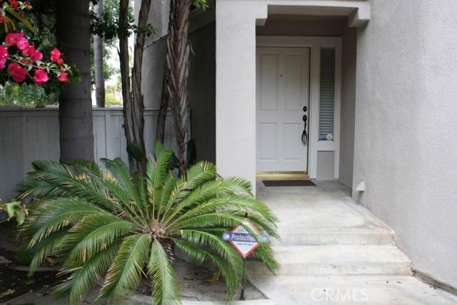 20 Del Azul, Irvine CA: http://media.crmls.org/medias/90828df5-8f16-4e24-ae85-f6fdc7d38dbe.jpg