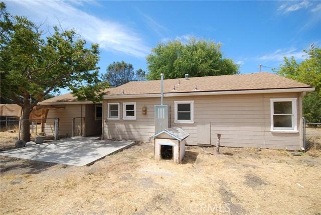 8910 Curbaril Avenue, Atascadero CA: http://media.crmls.org/medias/908b5d13-cdea-4cdd-b722-794182bc0228.jpg