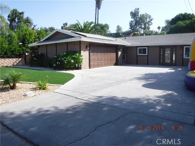 10943 Desert Sand Avenue, Riverside, California