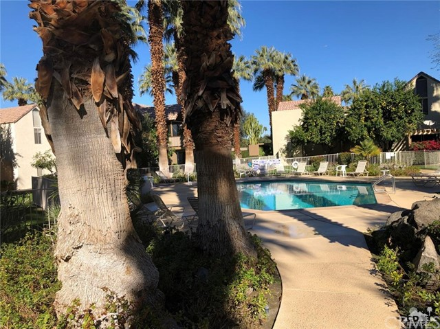 78255 Cabrillo Lane, Indian Wells CA: http://media.crmls.org/medias/909fe8ac-e4c0-47d7-894a-d9e5e15f115f.jpg