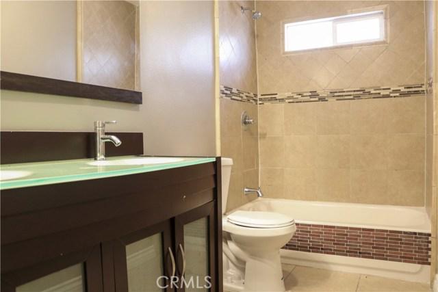 7126 Lurline Avenue, Winnetka CA: http://media.crmls.org/medias/90a898e8-2437-4c9d-a804-1dea8a1de229.jpg