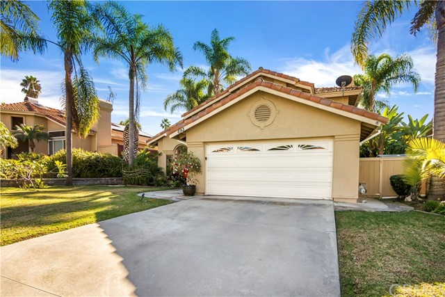 693  Poinsettia Park, Encinitas Gated for Sale