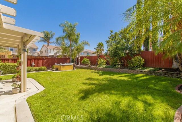41037 Engelmann Oak Street, Murrieta CA: http://media.crmls.org/medias/90ba51d8-a80b-4388-b757-0d300bb52732.jpg