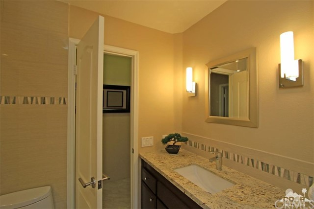 75 Augusta Drive, Rancho Mirage CA: http://media.crmls.org/medias/90c68128-d17c-471f-a347-6dedd4ff372f.jpg