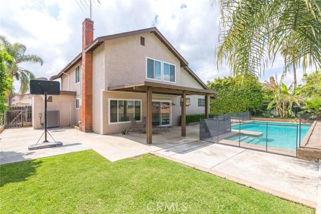 1361 Rosehill Drive, Riverside CA: http://media.crmls.org/medias/90cf6bc9-6fd0-4685-bcf1-b14a2313c0d4.jpg
