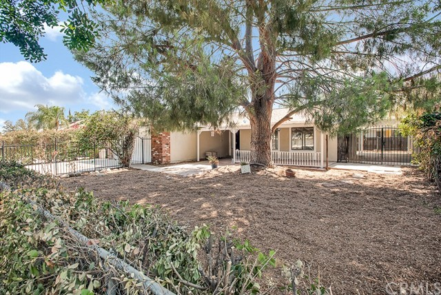 932 Johnston Street Colton, CA 92324 - MLS #: CV18218860