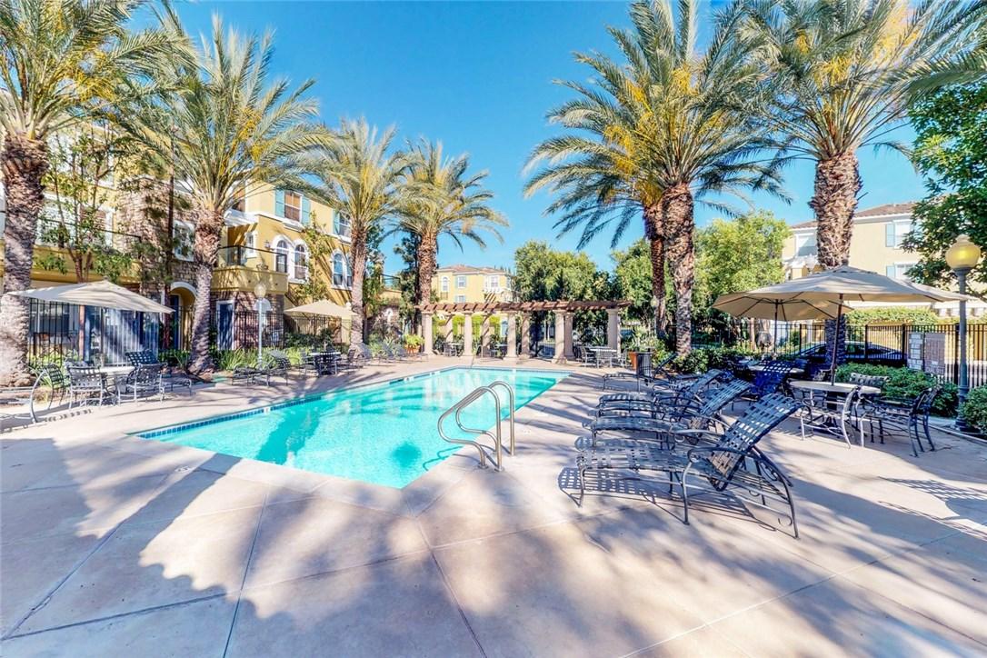 1306 Terra Bella, Irvine CA: http://media.crmls.org/medias/90e11fb9-cb78-4b2d-b108-7a5f7f811cb3.jpg