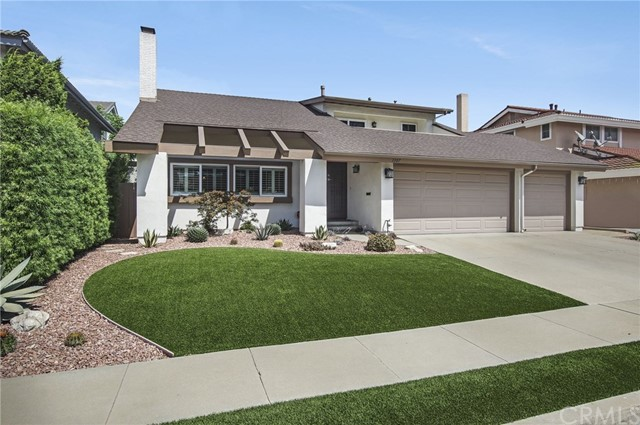 1307 169th Place, Gardena, California 90247, 4 Bedrooms Bedrooms, ,3 BathroomsBathrooms,Single family residence,For Sale,169th,SB19215443