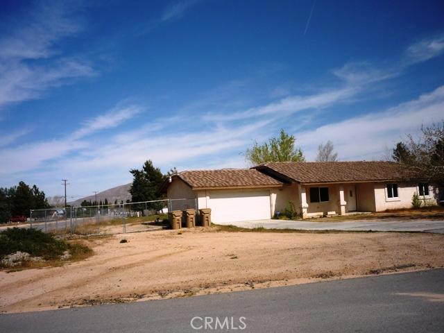 8363 El Cerrito Avenue Hesperia CA 92345