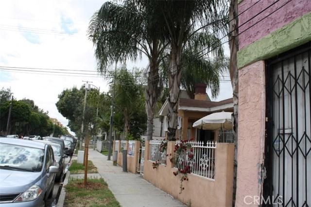6115 Rugby Avenue, Los Angeles CA: http://media.crmls.org/medias/910ddb1e-3bb7-4090-b34f-0cacd59d1e79.jpg