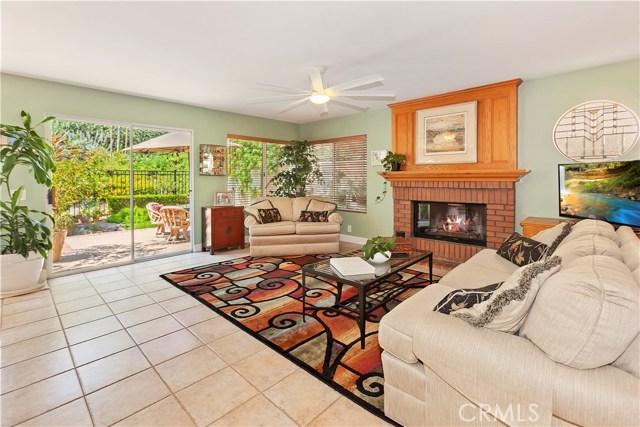 26441 Lombardy Road, Mission Viejo CA: http://media.crmls.org/medias/910decce-90aa-4f05-9561-75d25fb9e733.jpg