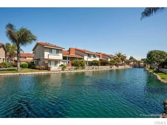 7876 Waterfall Circle 207 , CA 92648 is listed for sale as MLS Listing OC18239343